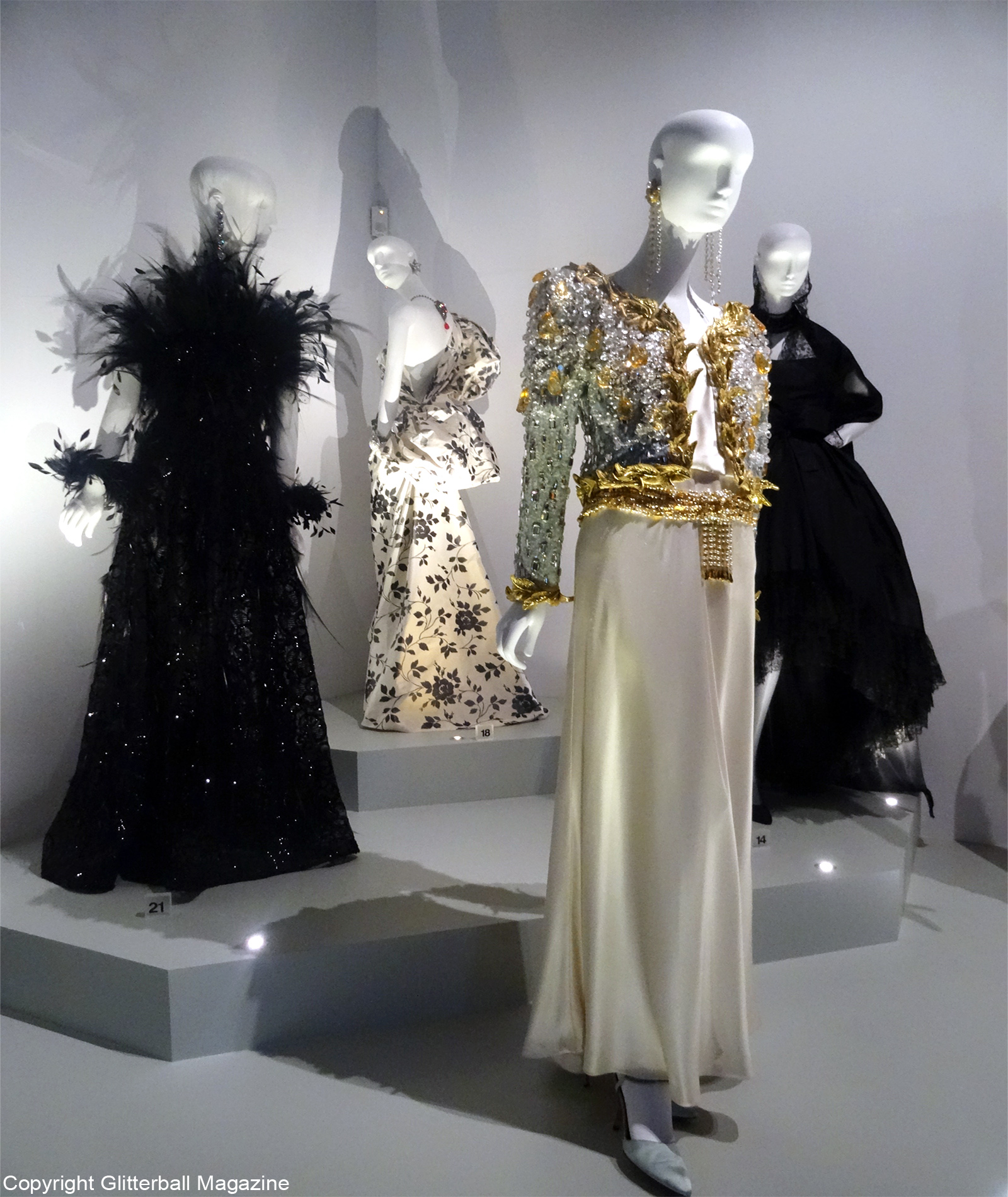 ysl room 3 collection