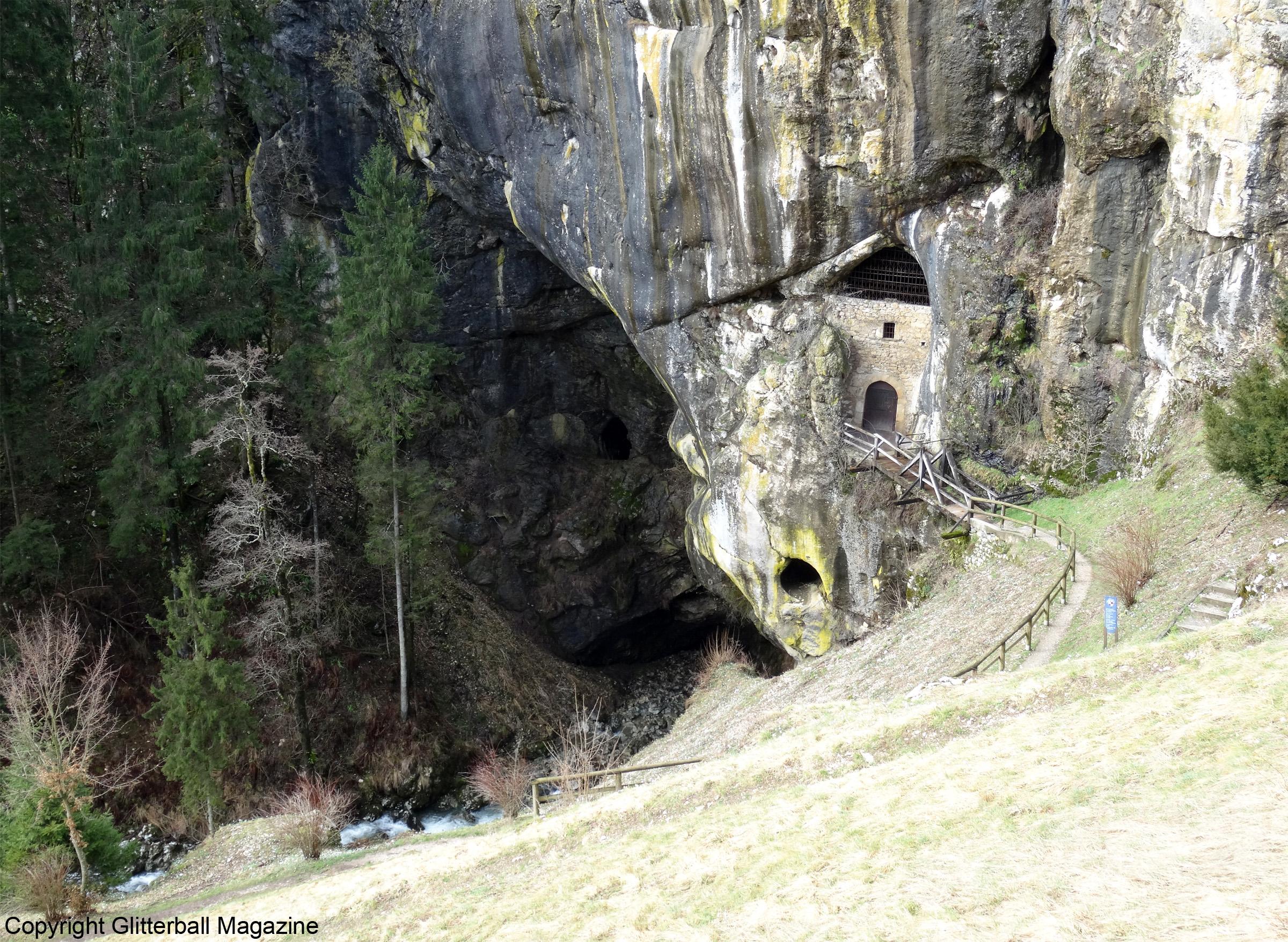 Predjama Castle 12