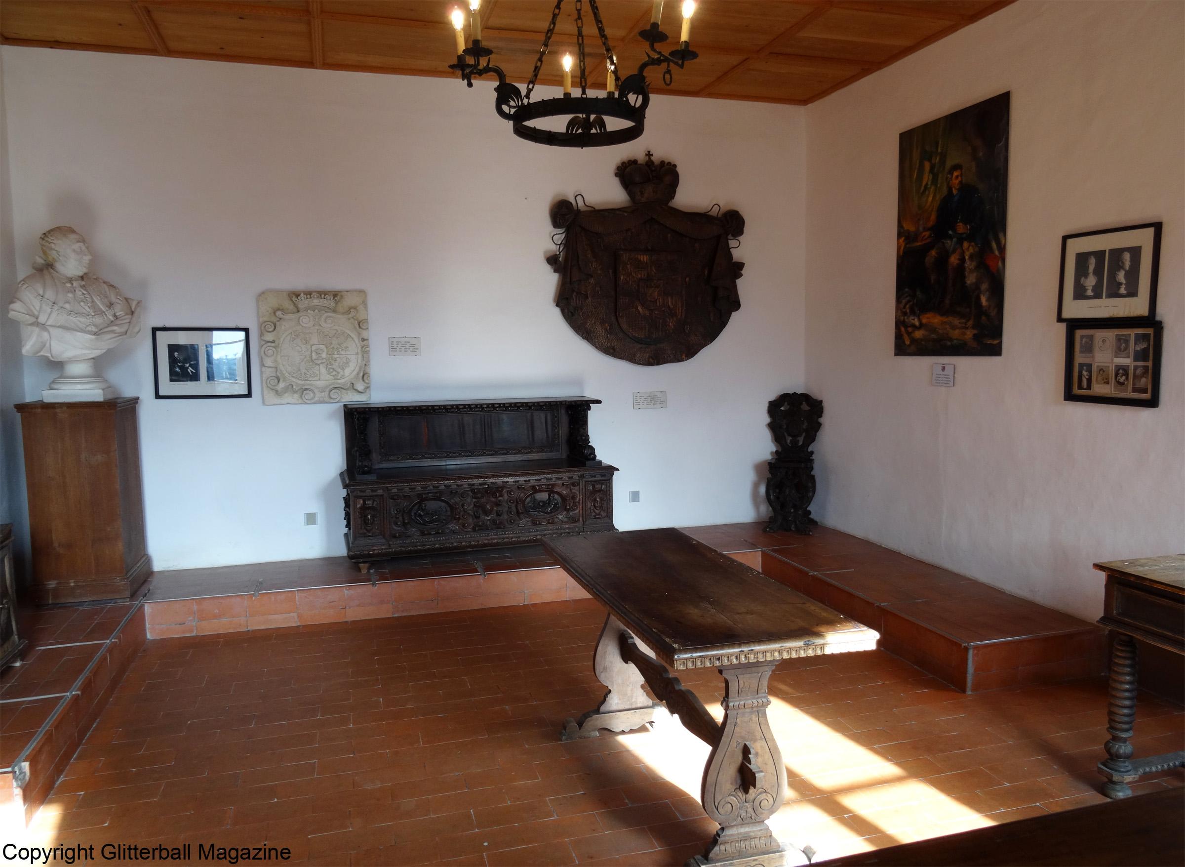 Predjama Castle 13