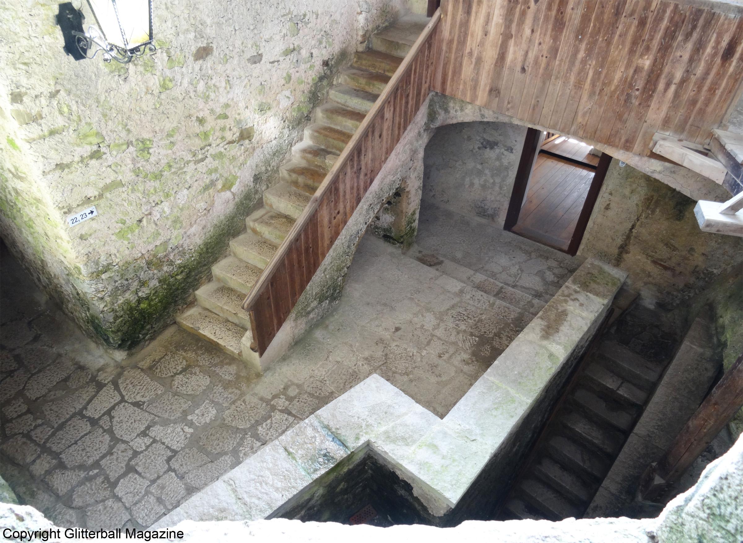 Predjama Castle 7